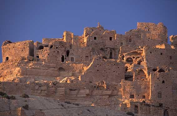 Chenini pictures. Photography gallery of Chenini . Tunisia ...